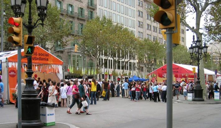 Estand, stand, Ciutat de les Persones 2007, Barcelona, inspiració mediterrània, inspiración mediterránea, mediterranean style, reciclatge materials, reciclaje de materiales, reusing materials, taller ocupacional, Occupational Workshop