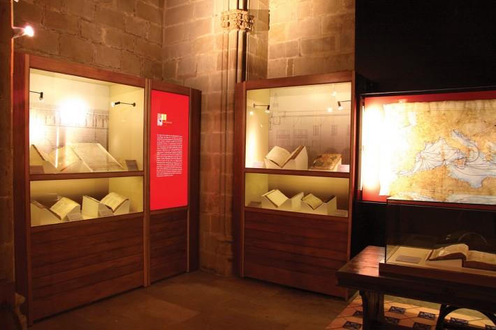 Exposició, exposición, exhibition, IEMED, Barcelona, Mar de Lleis, Consulat de mar, Santa Àgata, vitrina llibres conservació, vitrina libros conservación,