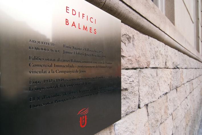 UPF, Universitat Pompeu Fabra, Barcelona, 2010, retolació, rotulación, signage
